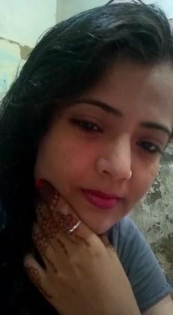 [Image: Cute_bhabhi_non_nude_selfie_for_lover_s.jpg]