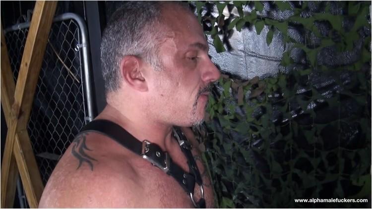 [Image: Gay_-_17_h177_jayricci_luiscasola._1_.001_l.jpg]