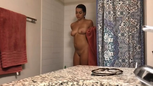 [Image: Finally-Caught-her-Naked-on-a-Hidden-Cam...5.23_m.jpg]