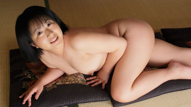 https://ist6-4.filesor.com/pimpandhost.com/1/7/3/2/173207/b/B/m/z/bBmzK/0040_GirlsDelta_-_Momoka_Nomura.jpg