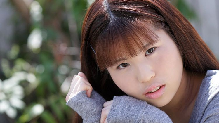 https://ist6-4.filesor.com/pimpandhost.com/1/7/3/2/173207/b/B/m/z/bBmzg/0032_G_-_Queen.Emporte_-_Yachiru.Momoi.jpg