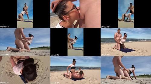 [Image: 0063_BeachSex_Fantastic_Public_Beach_Por...Wife_m.jpg]