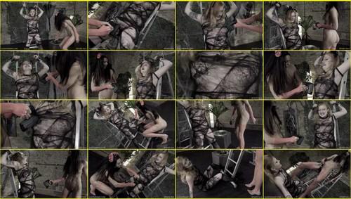 Torture-of-pleasure_e338_thumb_m.jpg
