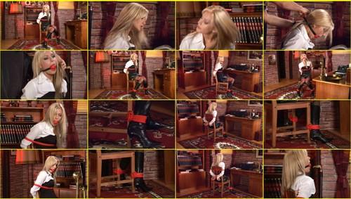 Girls-bondage_e324_thumb_m.jpg
