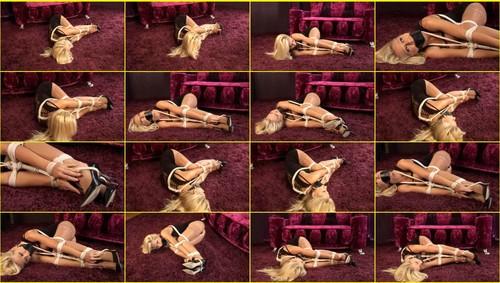 Girls-bondage_e327_thumb_m.jpg
