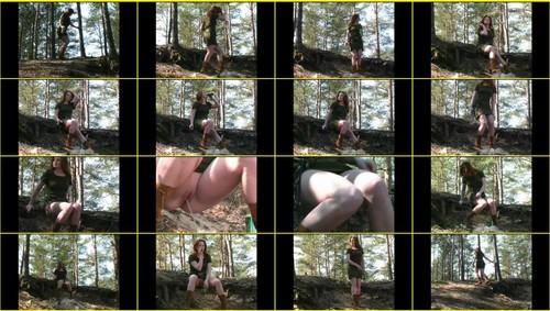 Pee-girl_f277_thumb_m.jpg
