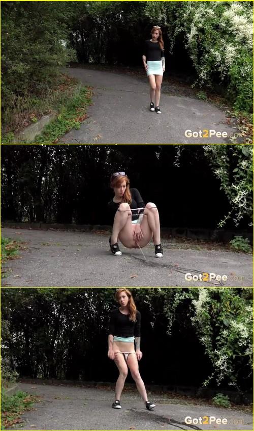 Pee-girl_f278_cover_m.jpg