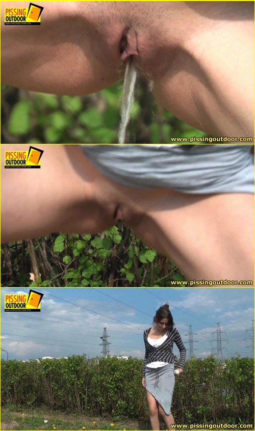 Candid-Girls-outdoor_f262_cover_m.jpg