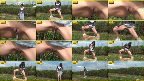 Candid-Girls-outdoor_f262_thumb_m.jpg