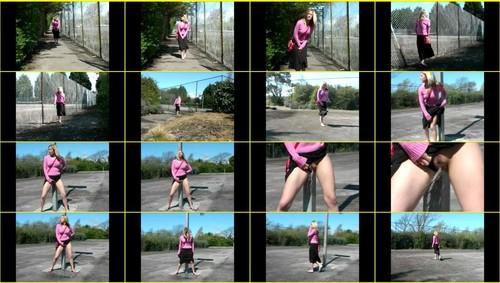 Candid-Girls-outdoor_f264_thumb_m.jpg