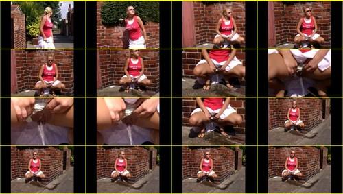 Candid-Girls-outdoor_f265_thumb_m.jpg