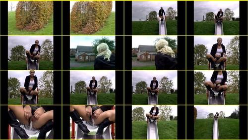 Candid-Girls-outdoor_f342_thumb_m.jpg