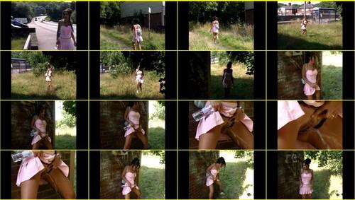 Candid-Girls-outdoor_f344_thumb_m.jpg