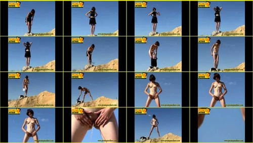 Candid-Girls-outdoor_f359_thumb_m.jpg