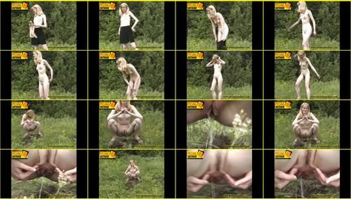 Candid-Girls-outdoor_f358_thumb_m.jpg
