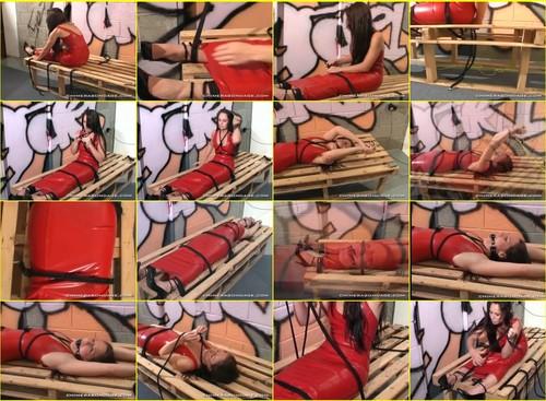 Chimera-bondage_g302_thumb_m.jpg