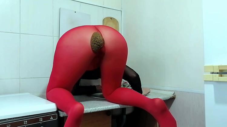 ModelNatalya94 - Liquid shit on dick and anal