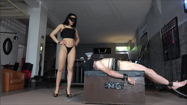 Mistress Gaia - Many gifts for the slave