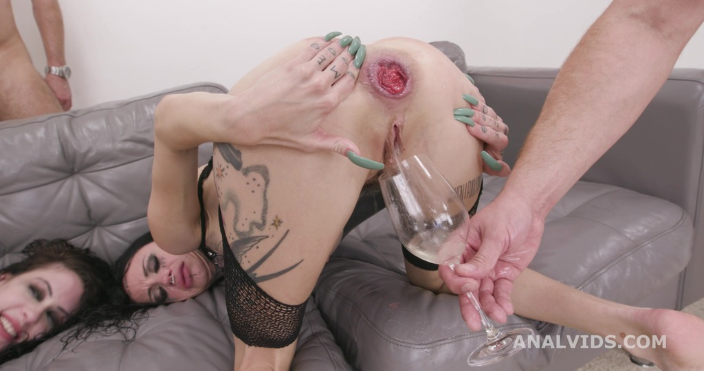 Download LegalPorno - Giorgio Grandi - Wild and Wet #2 Anna de Ville and Sasha Beart Anal, DAP, TAP, Pee Drink, ButtRose, Anal Fisting and Swallow GIO1817