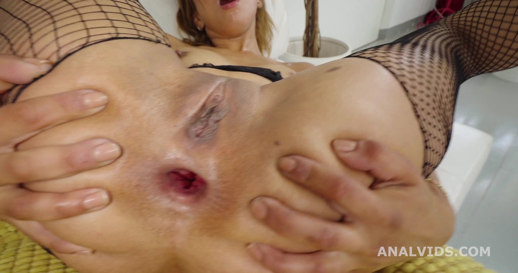 LegalPorno - Giorgio's Lab - Robin's Anal Casting, Africa Danger, 1on1, Balls Deep Anal, Rough Sex, Gapes, Swallow GL495