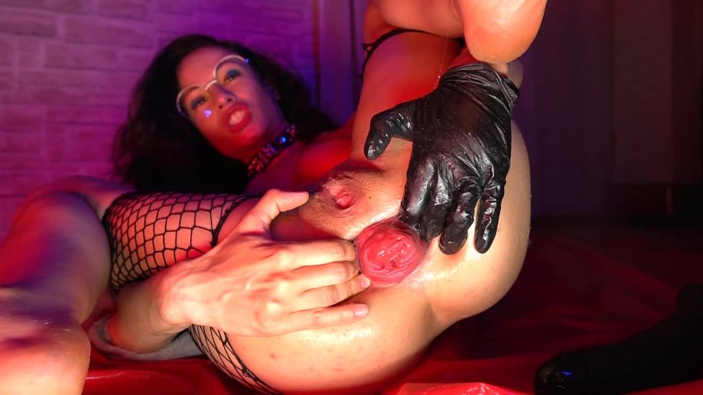 LegalPorno - Stacy Bloom Studio - Pervert Stacy Bloom Bulge 40 cm Action - Deeper ANALize, Prolapse and Pleasure SBS072