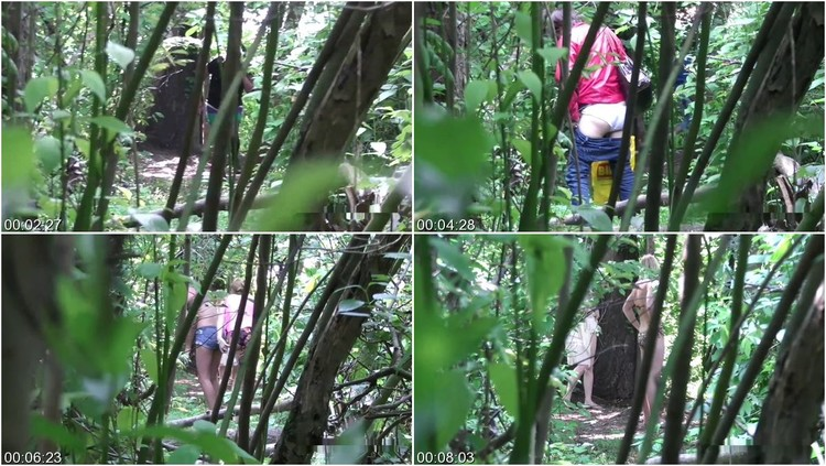 [Image: Girls_pee_in_the_bushes.111_l.jpg]